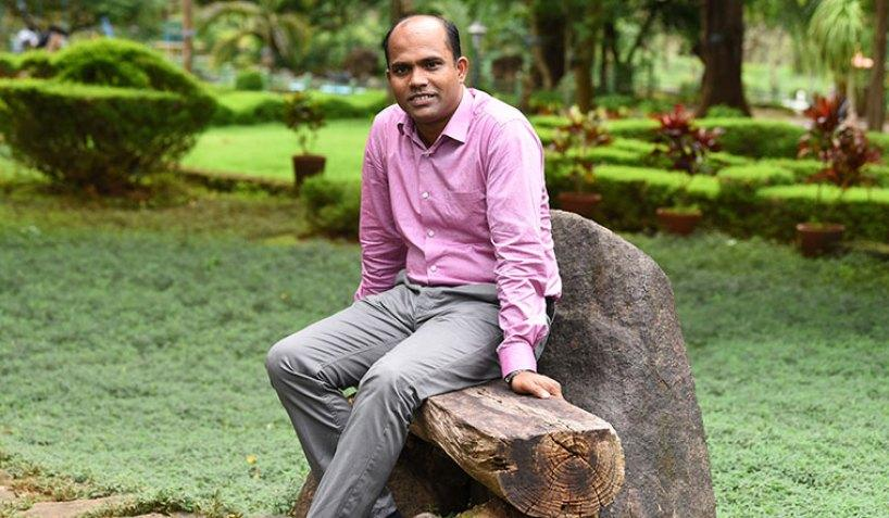 IAS Success Story: Educated at an orphanage, sold baskets, worked as a peon, then became an IAS by hard work